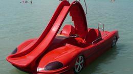 Kötelezővé tennék a vízibicikliken a mentőfelszerelést