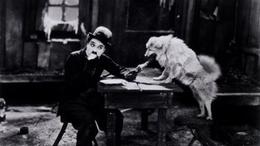 Videó 1928-ból! Chaplinék ismerték a mobiltelefont?