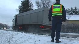 Fennakadást okozott a közlekedésben a hajnali havazás
