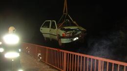 A Kapos medrébe hajtott autójával a fiú