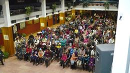 Családi karácsony - 130 hátrányos helyzetű család örülhetett az ajándékoknak