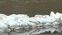 Házakat veszélyeztet a sok esővíz