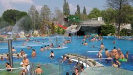 Jövőre is biztosítja Kaposvár a kedvezményes fürdőbérletet