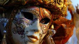 Kedden ér véget a nagy Velencei Karnevál