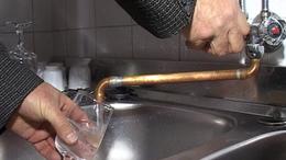 Büdös víz - inkább ne igyunk!