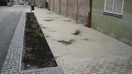 Szétdúlták a megújult parkokat