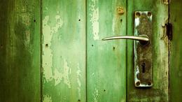 27 ezren már biztosan készülhetnek az ajtócserére