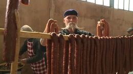 Bekolbászoztunk a kaposvári piacon