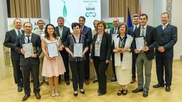 Rangos díjak Kaposvárra