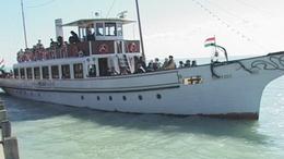 Október végéig hajózhatunk a Balatonon