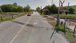 Szétkapják a Pécsi utcai vasúti átjárót