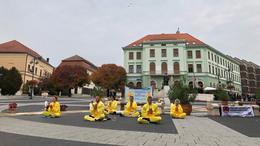 Buddhisták a Kossuth téren