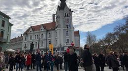 """""""Bennünket, magyarokat a szabad döntés, a szabad akarat éltet"""""""