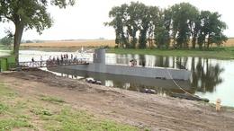 Mit keres egy tengeralattjáró a bodrogi tóban?