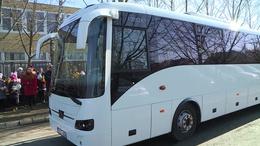 Új buszt kaptak a Bárczisok