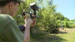 A paintball puskák is előkerültek a honvédelmi táborban