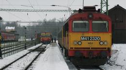 Traktorral ütközött a vonat