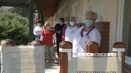 Önkéntes száműzetésbe vonultak a szentbalázsi ápolók