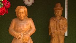 Fából készült szobrok jósolják meg az időjárást Andocson