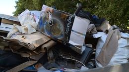 Megtisztult a lakótelepi konténerek környéke