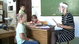 Védelem az utazó pedagógusoknak