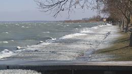 Nem biztonságos a Balaton jege