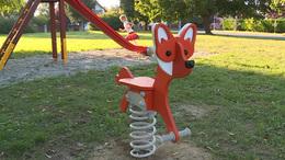 Remek szórakozást kínál a kaposfüredi rókás játszótér