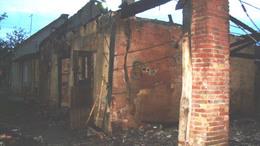 Családi házat veszélyeztetett a tűz Magyaratádon