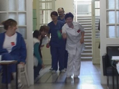 ápolók