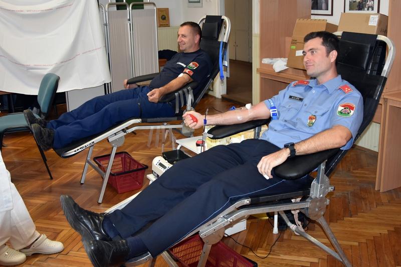 Vért adnak a város tűzoltói