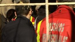 Szurkolói erőszak: térdre esett a mentős
