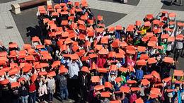 Vörös kereszt a Kossuth téren