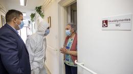 Magyarországon még felszálló ágban van a járvány