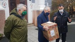 Koronavírus-teszteket adományozott a városnak a Kométa