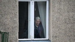 Negyedannyival kevesebb hely az idősotthonokban