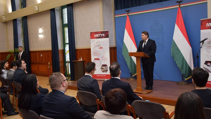 Gelencsér Attila, Kaposvár országgyűlési képviselője a budapesti sajtótájékoztatón.
