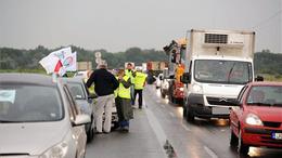 Félpályás útlezárás: tiltakoznak a vasutasok