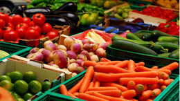 A pollenallergiások érzékenyek lehetnek a zöldségekre és gyülömcsökre is