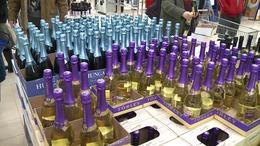 Virsli betárazva, pezsgő behűtve