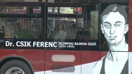 Újabb öt híresség portréja kerül fel a kaposvári buszokra