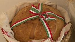 Idén is megsütik a Magyarok kenyerét