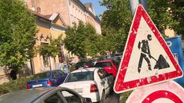 Szeptember végére eltűnhetnek az útakadályok