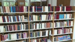 Házhoz mennek a könyvtári kötetek
