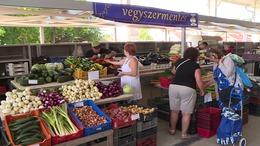 Megnéztük, milyen lett a fonyódi piac