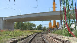 Látványos szakaszához ért a közlekedési központ építése
