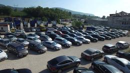 Egyre több autót adnak el