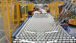Kaposvárra jön a világ egyik legnagyobb üveggyára