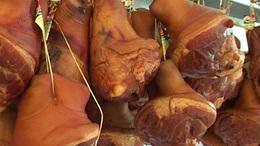 Hat tonna húst semmisítettek meg