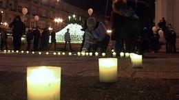 Az elhunyt gyermekekért gyúltak gyertyák Kaposváron