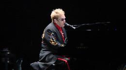 Elton John kedden Budapesten koncertezik
